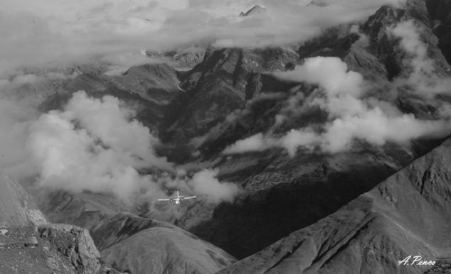 Arrivo all'aeroporto di Dolpa ( Nepal )